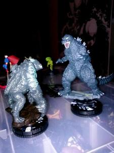 Godzilla! We must flee! And no, this is just a nice custom someone made (presumably from some Pacific Rim figs), not what the actual figs will look like.